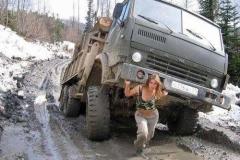 Na ženy spoléhají i západní jednotky